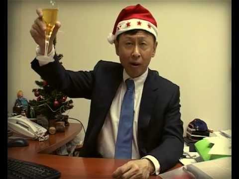 Поздравление директора иностранца в стиле деда мороза