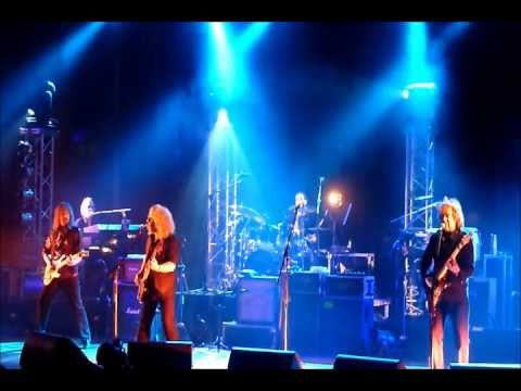 Barclay James Harvest Featuring Les Holroyd  (Lisbon 13/11/2010) - Yesterday's Heroes