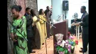Ee Yahweh Kumama - Praise and Worship by Tony and the team.mp4