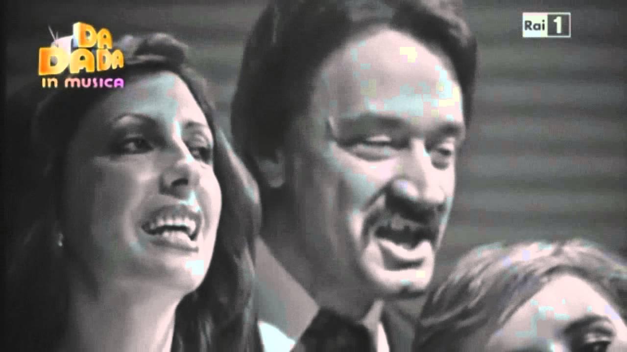 Johnny dorelli aggiungi un posto a tavola 1975 youtube - Canzone aggiungi un posto a tavola di johnny dorelli ...