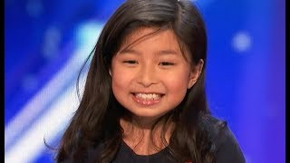 "9 Y.O. Little Girl STUNS EVERYONE With AMAZING ""My Heart Will Go On"""