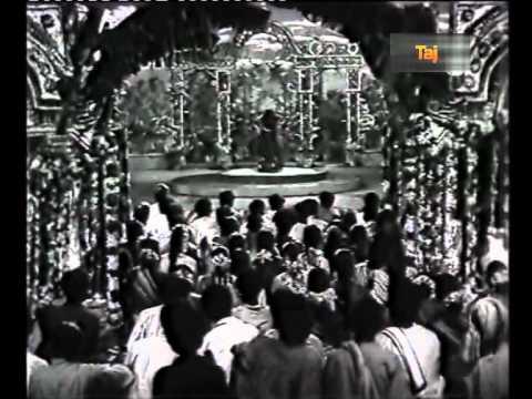 Nilaiyaaga En Nenjil Oli Veesum Ssktajfilm021 Ps  Aada Vantha Theivam video