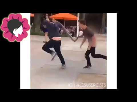 اقوى صدمة مقلب يموت من الضحك thumbnail