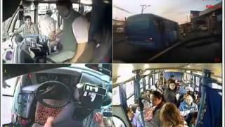 Un chofer le dio una lección de educación a los pasajeros