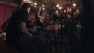 Groove and Solo from Jeslyn at Bar Lubitsch
