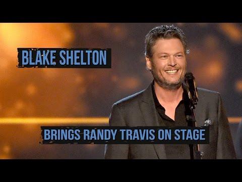 Blake Shelton Brings Randy Travis On Stage In Texas