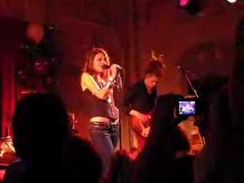 Gabriella Cilmi Live At Bush Hall video