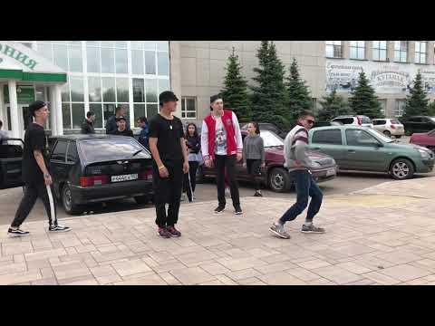 Байна , уличные танцы в Стерлитамаке