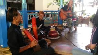 Download Lagu Instrumen Musik Tradisional di Cirebon 02 Gratis STAFABAND