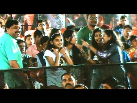 Nachde Ne Saare - Harshdeep Kaur Live In Concert | Crazy People Dance & Lots Of Fun