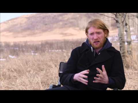 """The Revenant: Domhnall Gleeson """"Captain Andrew Henry"""" Behind the Scenes Movie Interview"""