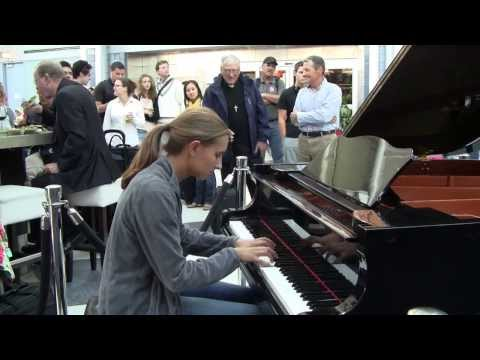 Young Pianists at O'Hare International Airport