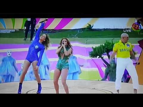 J-Lo pada pembukaan World Cup FIFA 2014 yang dilan