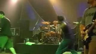 Watch Lagwagon Everything Turns Grey video