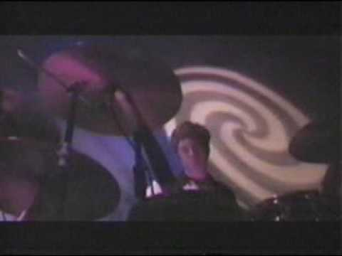 Ride - Leave Them All Behind live Brixton 1992