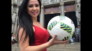 Sexy brazilian girl doing Freestyle Football