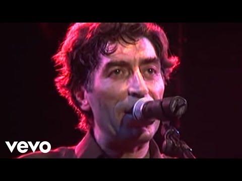 Joaquín Sabina - Dieguitos Y Mafaldas (Live)