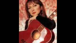 Watch Pam Tillis In Between Dances video