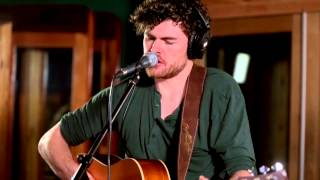 """Vance Joy - """"Wasted Time"""" [Live From Sing Sing Studios]"""