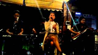ÆniGma RepubLic - Could It be Love (Raisa Cover Live Acoustic at Karambia Cafe)