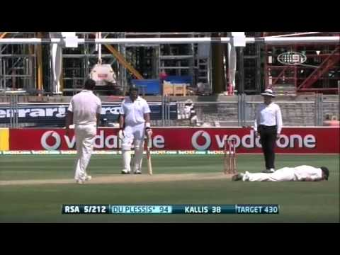 2nd Test v SA - Wade Drops du Plessis