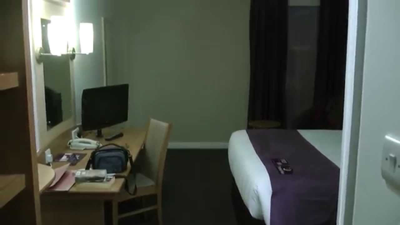 Premier Inn, Bath Road,