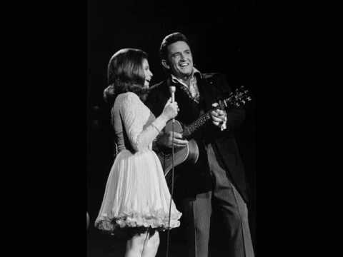 Johnny Cash & June Carter - It Ain't Me, Babe