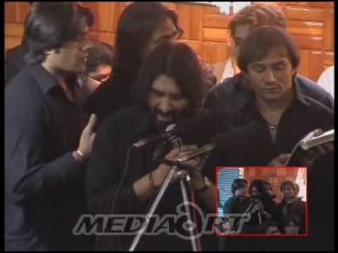 Shab Bedari 2009 (17 25) - Nadeem Sarwar - Mujh Pe Kyon Band Karte Ho Pani video