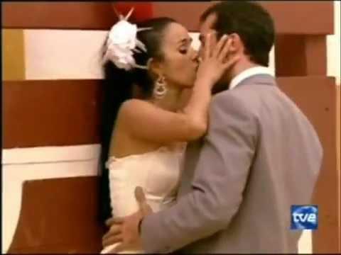 Deborah y Luis Carlos ~ en la boda ..escena de pasion