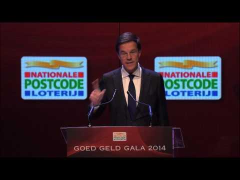 Minister-president Mark Rutte was als hoofdgast en keynote-spreker aanwezig op het Goed Geld Gala 2014 van de Nationale Postcode Loterij. Hij feliciteerde de...