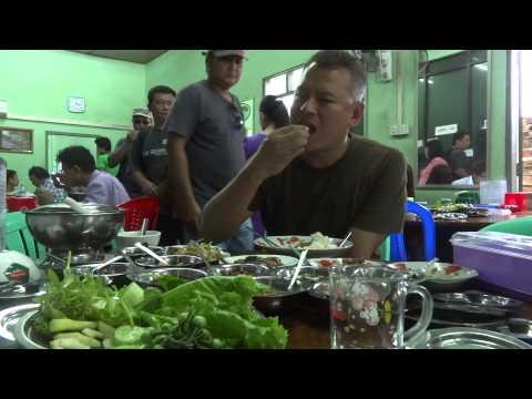 San ma tu Myanmar restarant กินอาหารพม่าในพะอัน