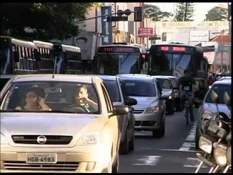 Transito de Uberlândia a cada dia mais desorganizado e violento