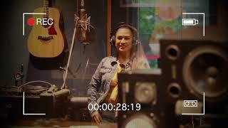 download musica Simone e Simaria Bastidores gravacao de Voz do Feat com MC Kevinho