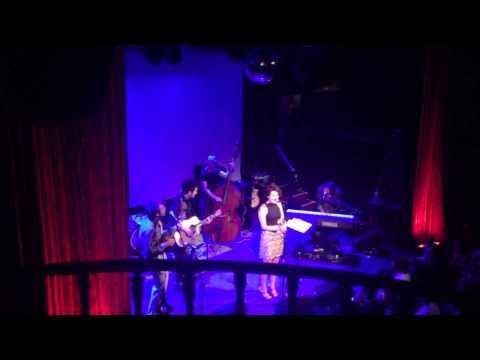 Between the Bars - Katarina Guerra, Chris Thile, Jerry Fuentes (Elliott Smith) at No Name #1 NYC