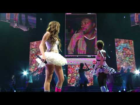 Hoe Down Throw Down Live In Hd Up Close - Miley Cyrus Portland Wonder World 2009 Tour video