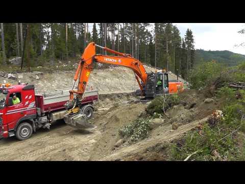 Hitachi Zaxls 250 lc , Volvo fh12, Ljungby L15