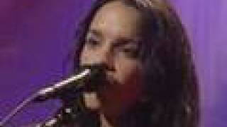 Norah Jones - Long Way Home (Live From Austin TX)