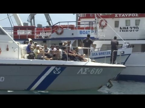 Spain: 800 North African migrants are suspected terrorists
