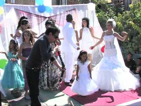 Romska svadba - kuchek Sofia 2013