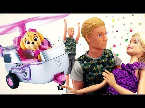 Видео для девочек. Герои мультфильмов про щенячий патруль! Кукла Барби видео ТОНЕТ!