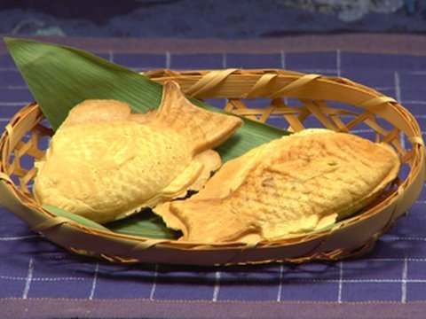 How To Make Taiyaki  Fish Shaped Cake Recipe