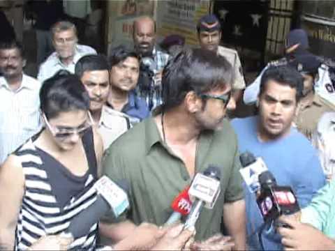 ajay devgan kajol rakesh roshan voting mumbai