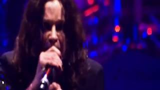"OZZY OSBOURNE - ""Let Me Hear You Scream"" at Ozzfest 2010 (Live Video)"