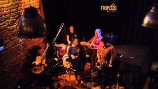 Sanat Deliorman & her jazz bros. - Let's Slip Away