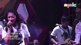 05 Nike Ardilla : Cinta diantara Kita - Cut Memey feat Isa Raja
