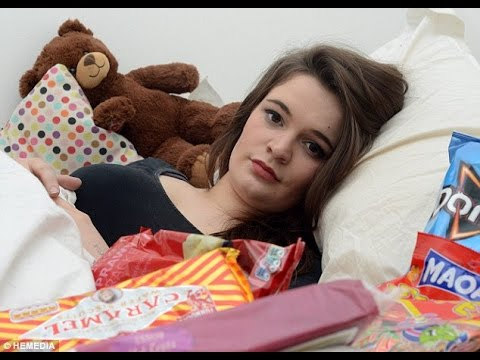 Girl Discovers She is Suffering From Rare SLEEP-EATING Disorder...