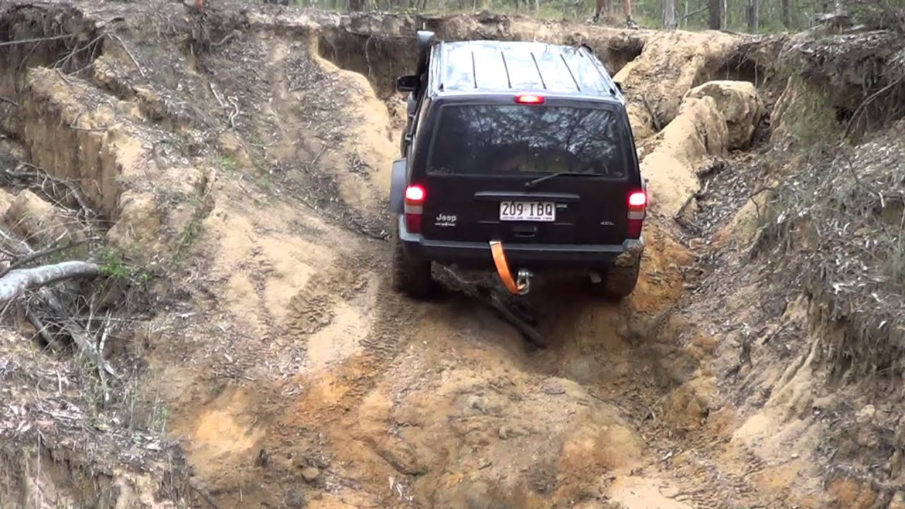 Jeep Cherokee Xj Off Road >> Jeep Cherokee XJ offroad - YouTube
