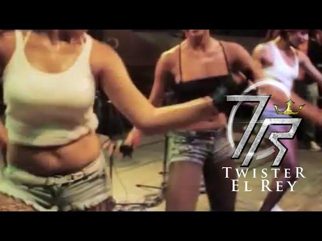 La Grua [En Vivo] - Twister El Rey ®