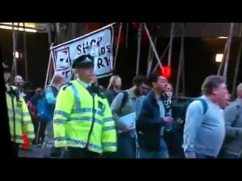 ITV NEWS 500+ Electricians Protest/Block Oxford Street London