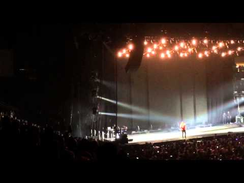 Drake Jungle Tour 2015 in Houston - Headlines - Over - Crew Love